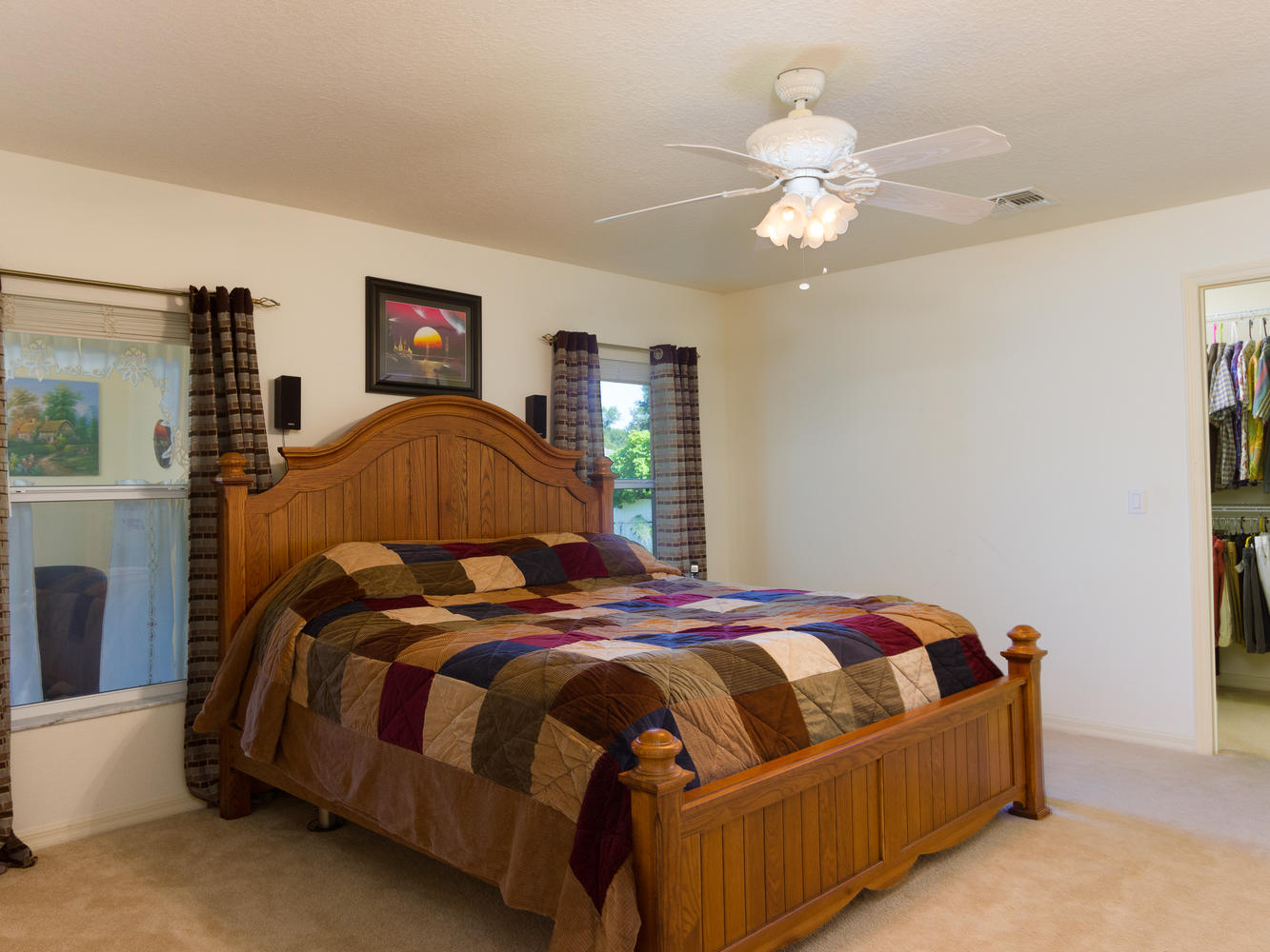 15660_SE_89th_Ct_Summerfield-large-010-27-Master_Bedroom-1334x1000-72dpi