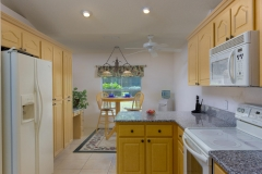 15660_SE_89th_Ct_Summerfield-large-007-24-Kitchen-1334x1000-72dpi
