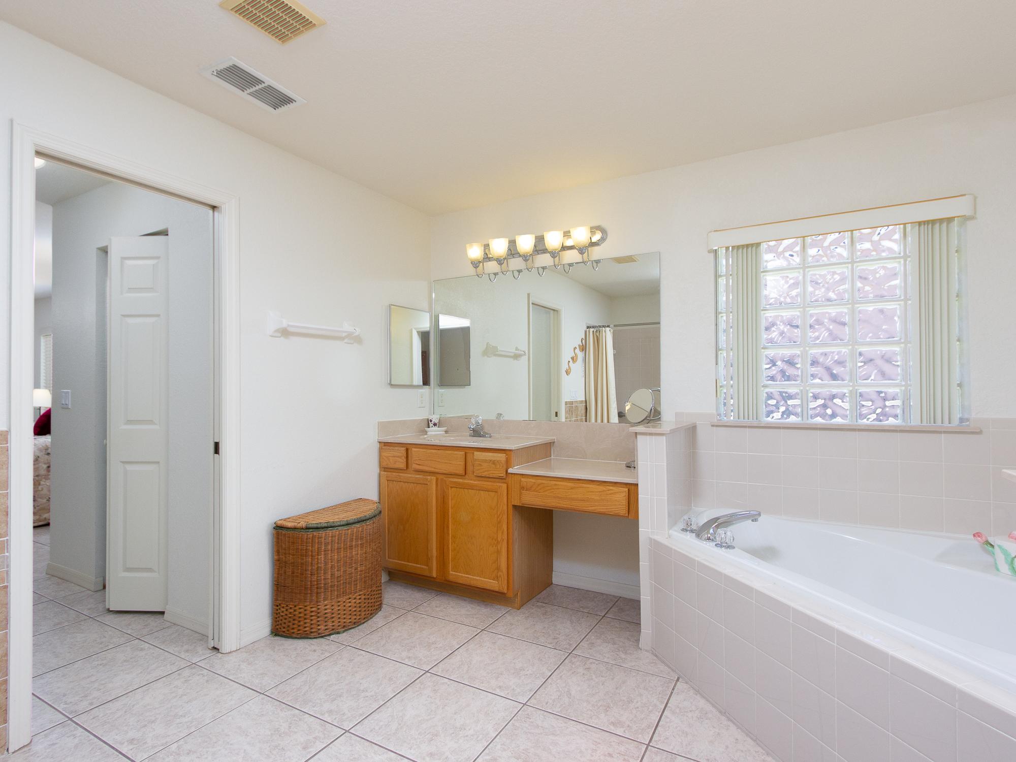 17431-SE-110th-Terrace-Summerfield-FL-34491-120-of-39