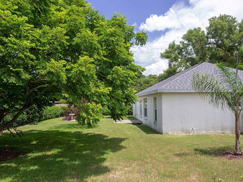 35308 Maple Leaf Drive, Fruitland Park, FL 34371 (109 of 36)