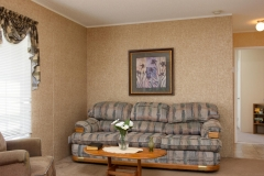 4675 SE 161st Terrace-large-007-46-4675 SE 161st Terrace Living-1334x1000-72dpi