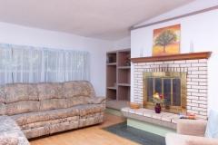4675 SE 161st Terrace-large-026-32-4650 SE 162nd Court Living-1334x1000-72dpi