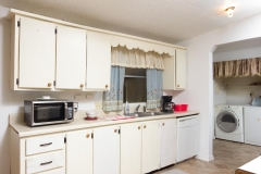4675 SE 161st Terrace-large-030-29-4650 SE 162nd Court Kitchen-1334x1000-72dpi