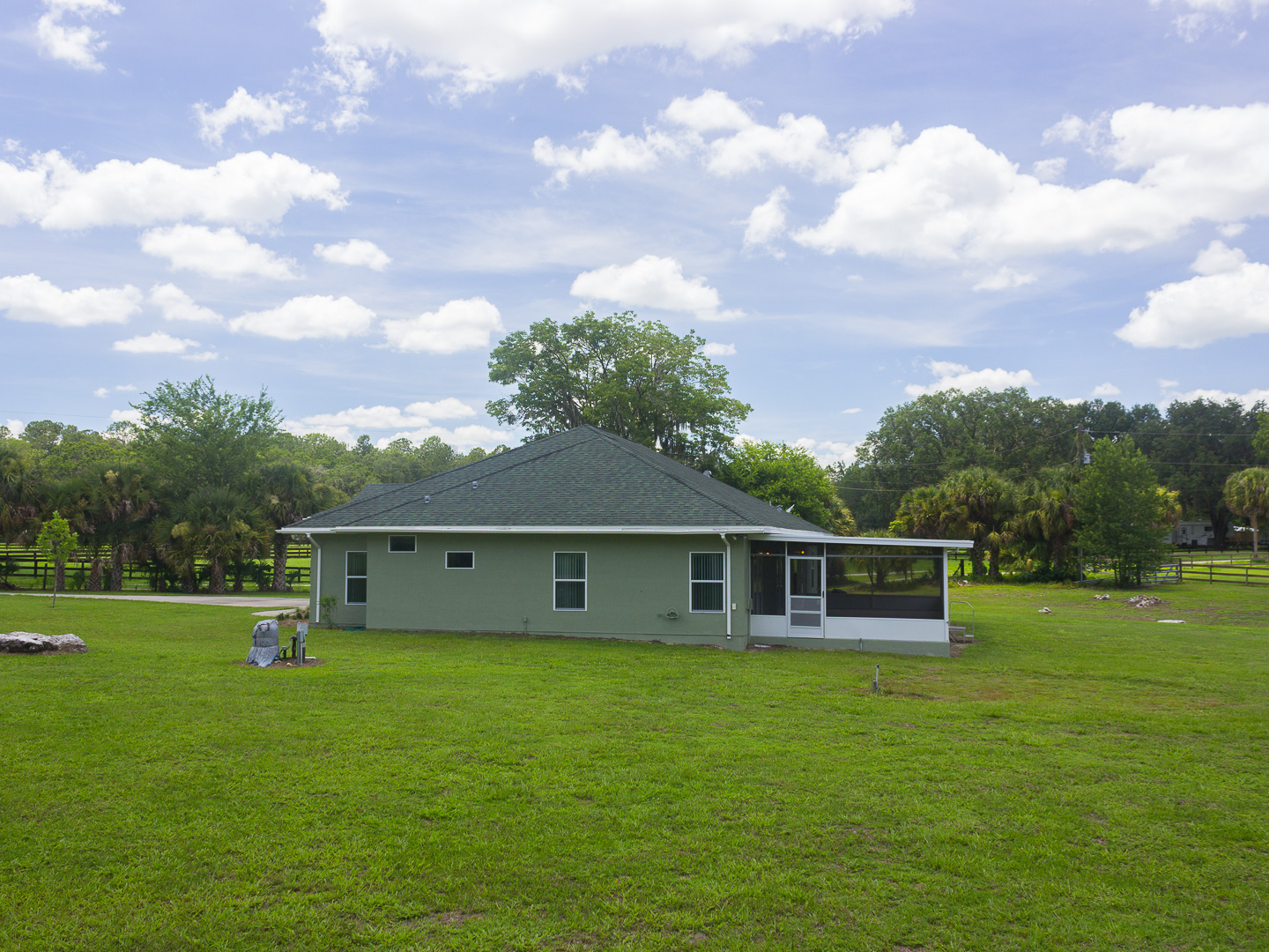 7899 NW 118th Court-106